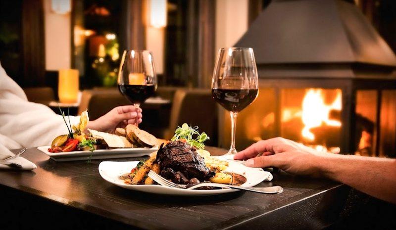 Chia sẻ bí quyết cách dùng rượu vang trắng, rượu vang đỏ tinh tế