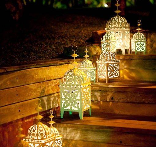 Lựa chọn cột đèn sân vườn cho không gian đại tiệc ngoài trời